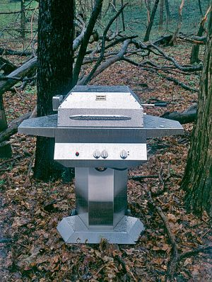 Manufacturing-Product_PedistalGrillWoods _KazooGrill.jpg