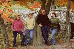 c99-Family-IndividualPortraits_SharpFamily_1.jpg